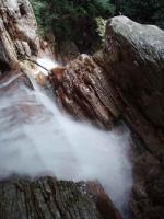 出だしの15m二段滝の落口