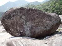 屋久島の巨岩