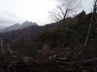 黒岩から見る障子尾根