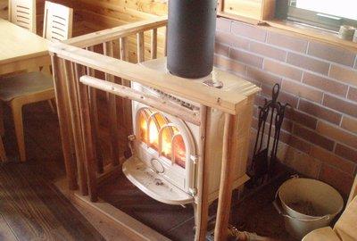煙突の正体 石橋庵の暖炉