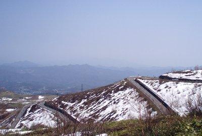 草津の町を見下ろす