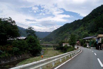 志賀坂峠への道@小鹿野河原沢付近