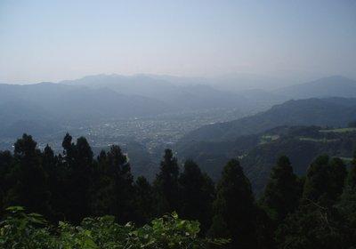 長瀞方面を陣見山線から望む