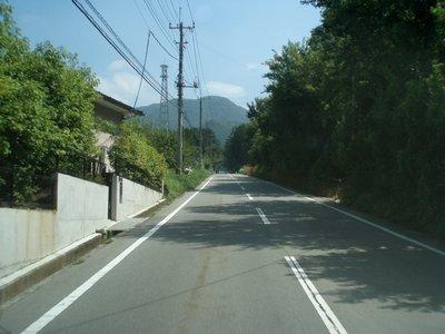 きっつそうな坂です@笛吹市川三郷線 八代町竹居付近