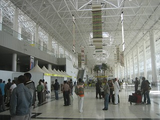 NAVER まとめ上空1万メートル 恐怖のハイジャック エチオピア航空961便ハイジャック墜落事件