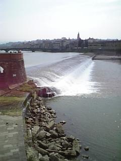 フィレンツェの川