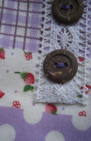 紫パッチ犬服2