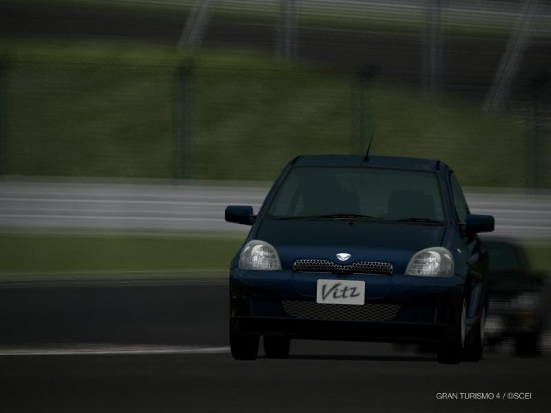 トヨタ ヴィッツ F '99
