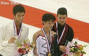 podium8-.jpg