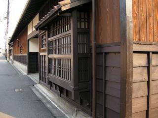 前川邸の角