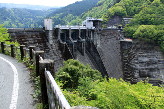 20090503_ikawa_dam-01.jpg