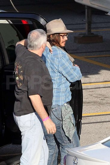 Pictures-Johnny-Depp-LA-Set-Jack-Jill.jpg