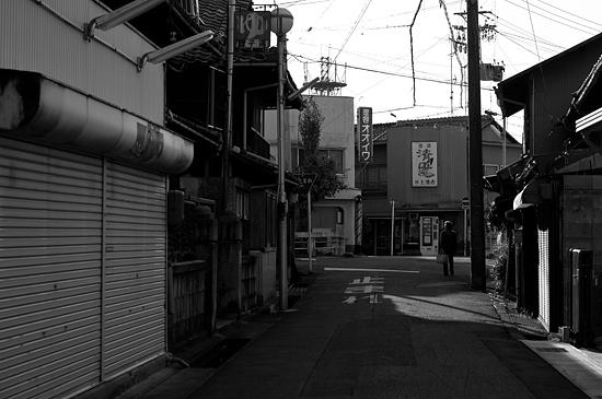 瀬戸モノクロ3-9