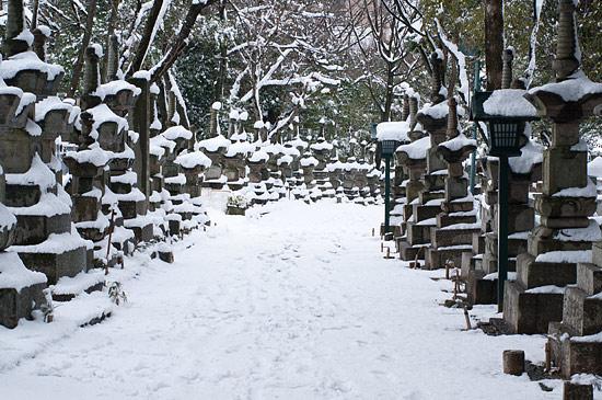 雪の興正寺-11