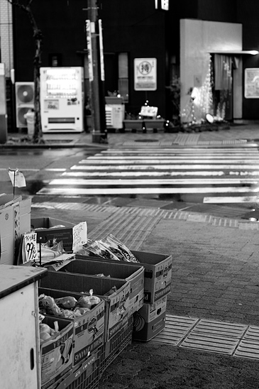 雨の商店街-13