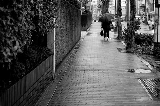 雨の商店街-14