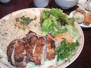 六本木 ベトナム料理 シクロで鶏飯大盛り